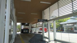 新潟市BRT市役所前新潟駅前方面のりばと降車場