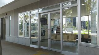 新潟市BRT市役所前待合室とトイレ
